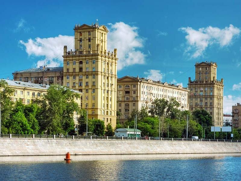 莫斯科河河堤