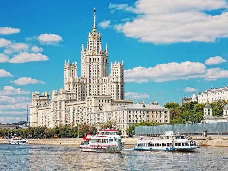 上路堤锯锅匠莫斯科的高层建筑